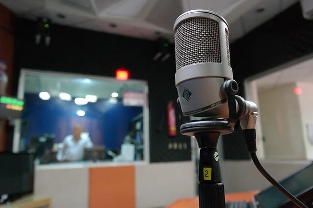 mikrofon ve studiu.jpg