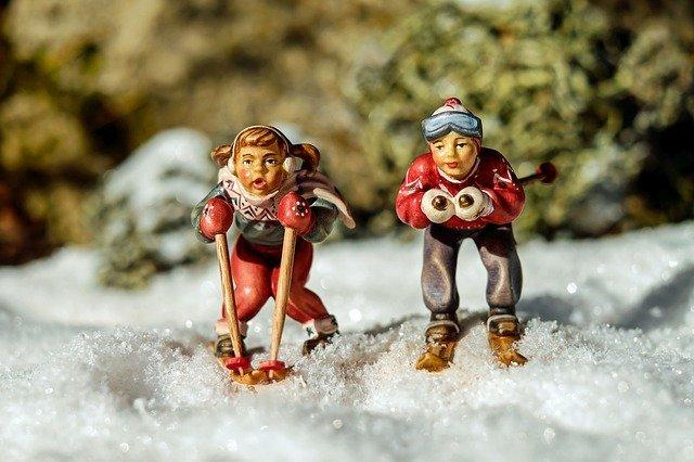postavičky na lyžích