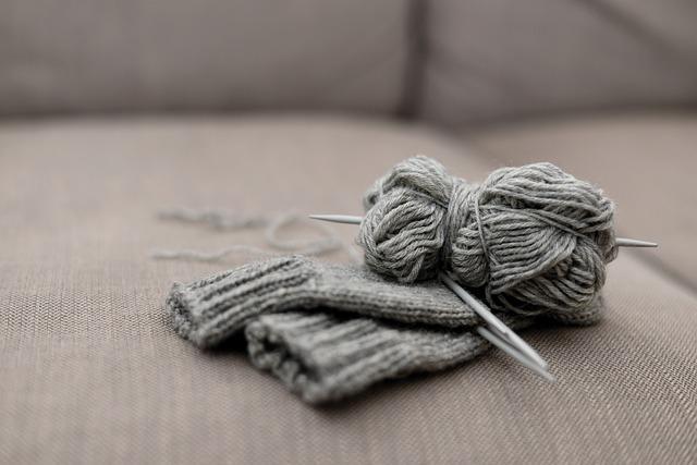 pletení rukavic